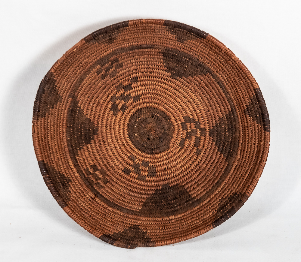 Apache basket with inner circle