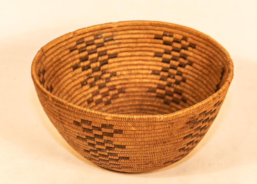 Washoe basket